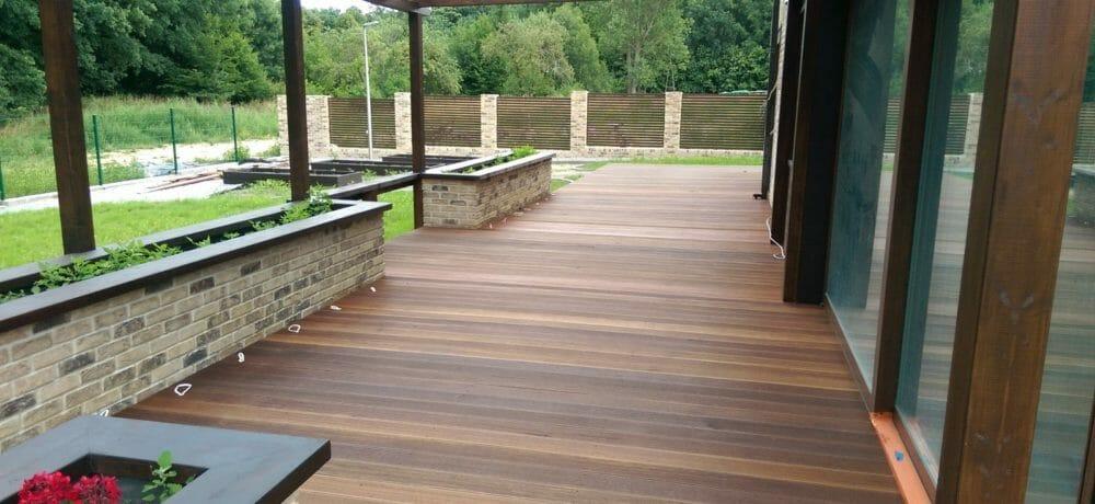 Budowa nowoczesnego tarasu z drewna europejskiego Szczecin